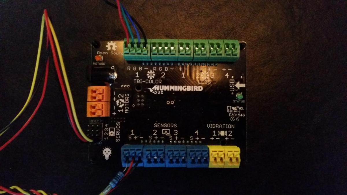 6 8 Archives Page 2 Of 9 Birdbrain Technologies Tri Color Led Controller With Serial Interface Electronic Circuit Connect A Servo To Port 1