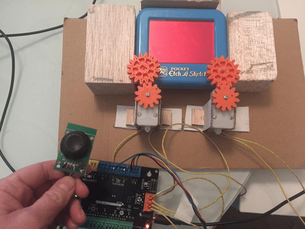Using the Hummingbird Joystick - BirdBrain Technologies
