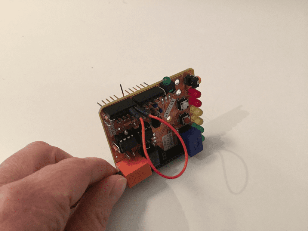 Maker Tools Archives Birdbrain Technologies Hummingbird Wiring Diagram Piece Of Wire To Connect Pin A0 A1 Now You Will Be Able Read The Muscle Signal Through Which Is Sensor Port 1 On