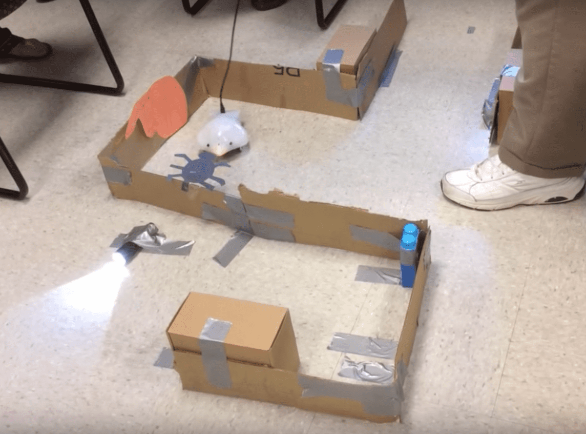 Beginner: Through the Maze with the Finch Robot